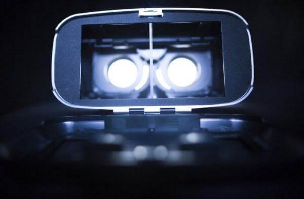 img 600x393 - چطور یک تجربه لذت بخش از واقعیت مجازی داشته باشم؟